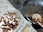 Vita Stroganoff preparare reteta - scoatem carnea prajita din tigaie