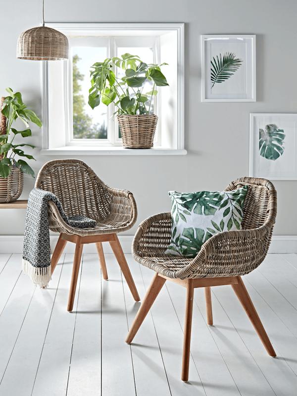 Botanical decor style