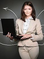 Ilustrasi pelayanan yang ramah dan bijak sebagai cara menangani keluhan pelanggan dengan bijak