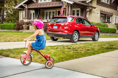 2018 Equinox Standard Surround Vision Technology Helps to Improve Residential Safety