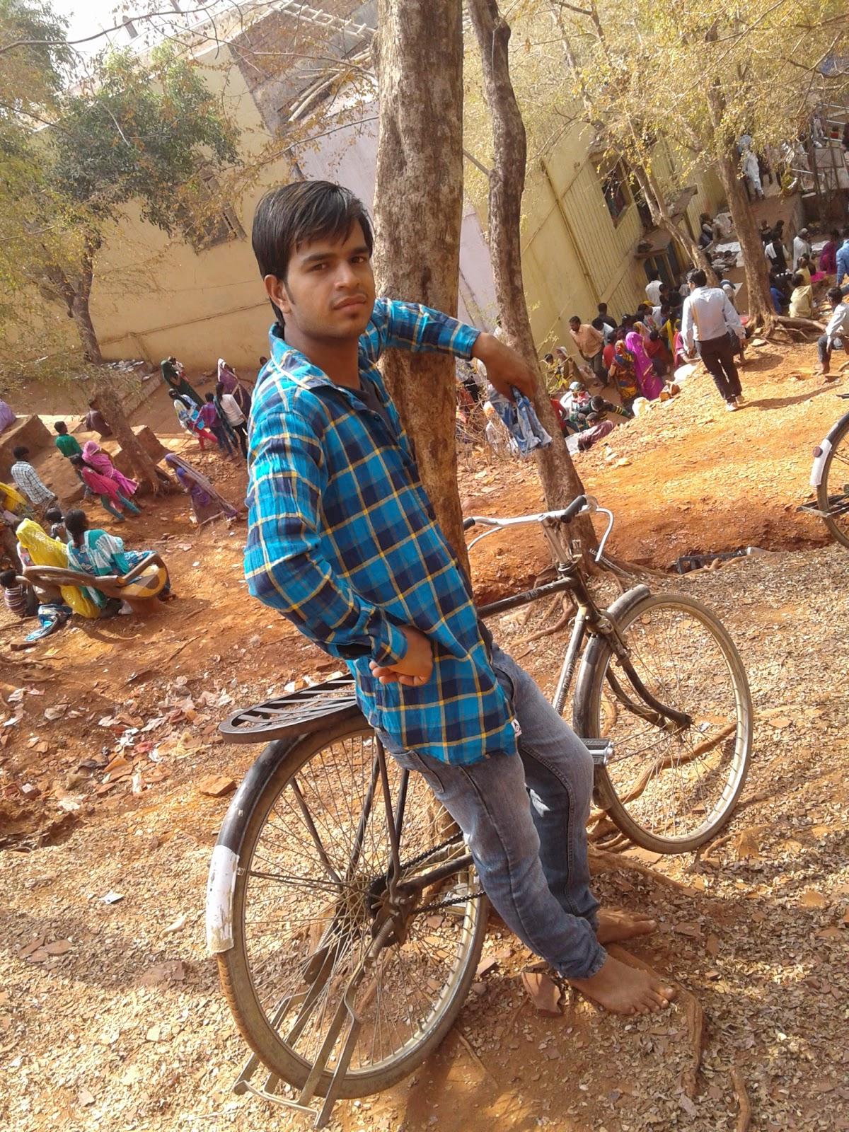 dj neeraj mixing gwalior: December 2016