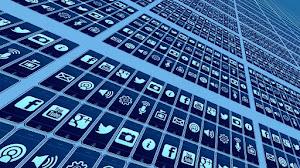 Peran Media Sosial Dalam Politik, Bisnis, Pemasaran dan Kehidupan Sehari-hari