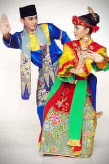Tari-Sirih-Kuning-merupakan-Tari-Tradisional-Betawi-DKI-Jakarta