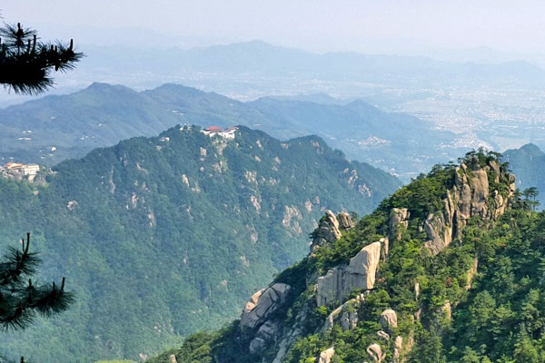 เขาจิ่วหัวซาน (Mount Jiuhua) @ www.discoverchinatours.com