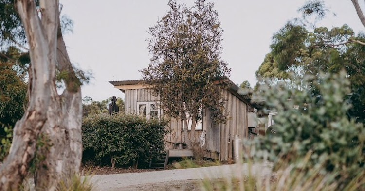 The Shack: A Super Cosy Off-The-Grid Cabin On Bruny Island