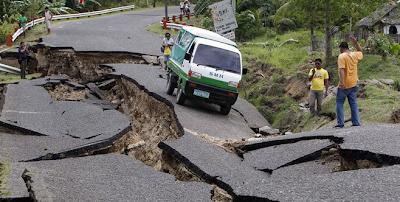 .+Gempa+Bumi 10 Bencana Alam Paling Mengerikan dan Sangat Menakutkan di Dunia