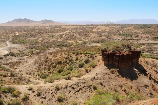 A Guide to Tanzania's Olduvai Gorge and Shifting Sands
