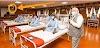 PM मोदी का अस्पताल दौरा भी फ़र्ज़ी! लोग बोले- कॉन्फ्रेंस हॉल को अस्पताल जैसा बनाकर हुई शूटिंग
