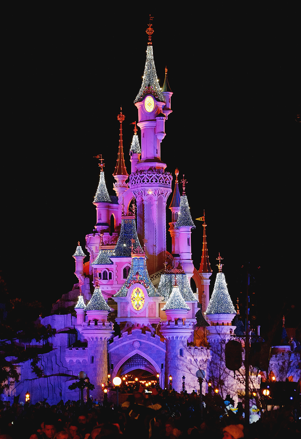Image of Christmas in Disneyland Paris with the Fuji XT1 and the Fujinon 16-55 2.8 By Willie Kers of GlamourKidz Photography