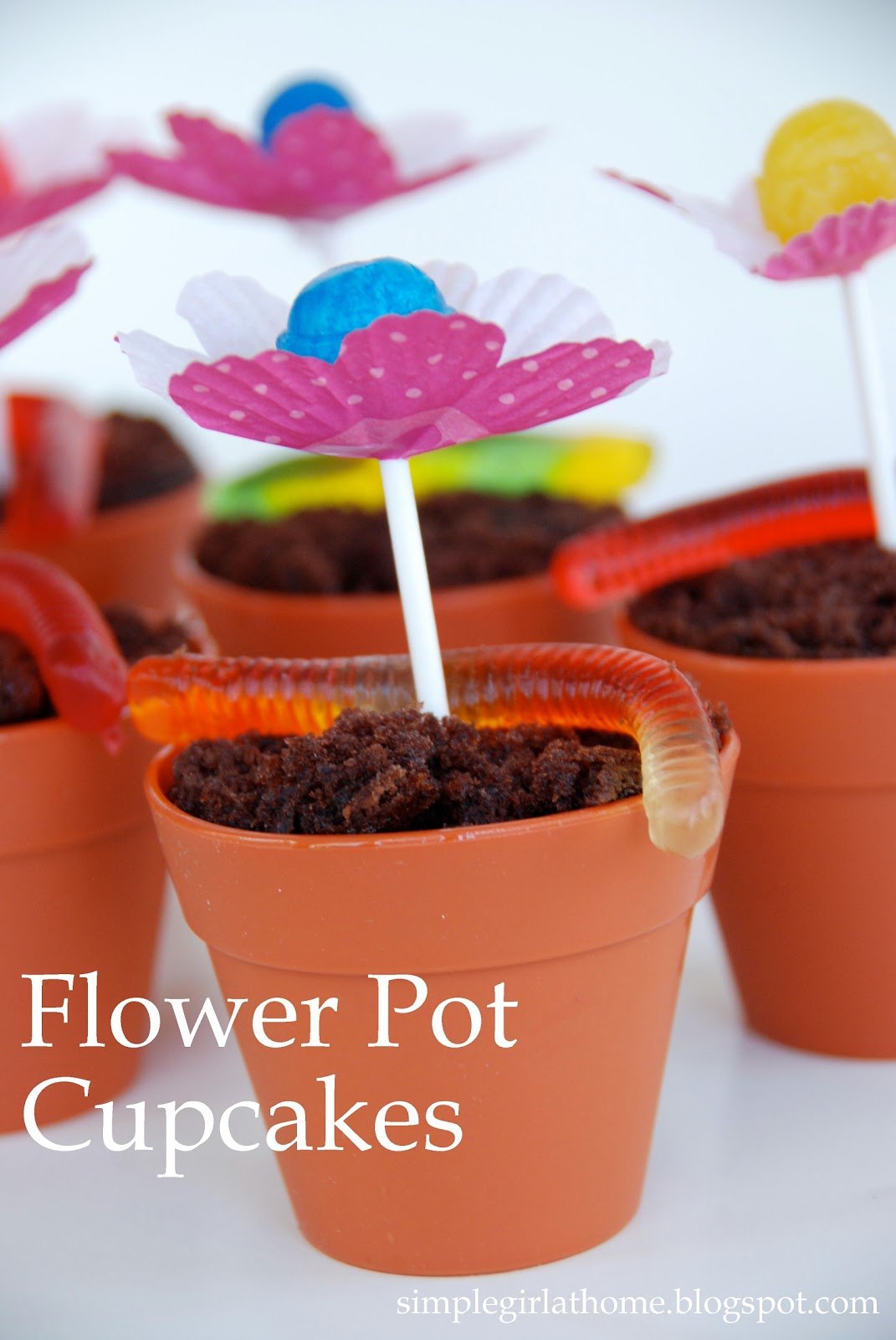 How To Make Beautiful Flower Pots At Home Simple Girl Flower Pot Cupcakes