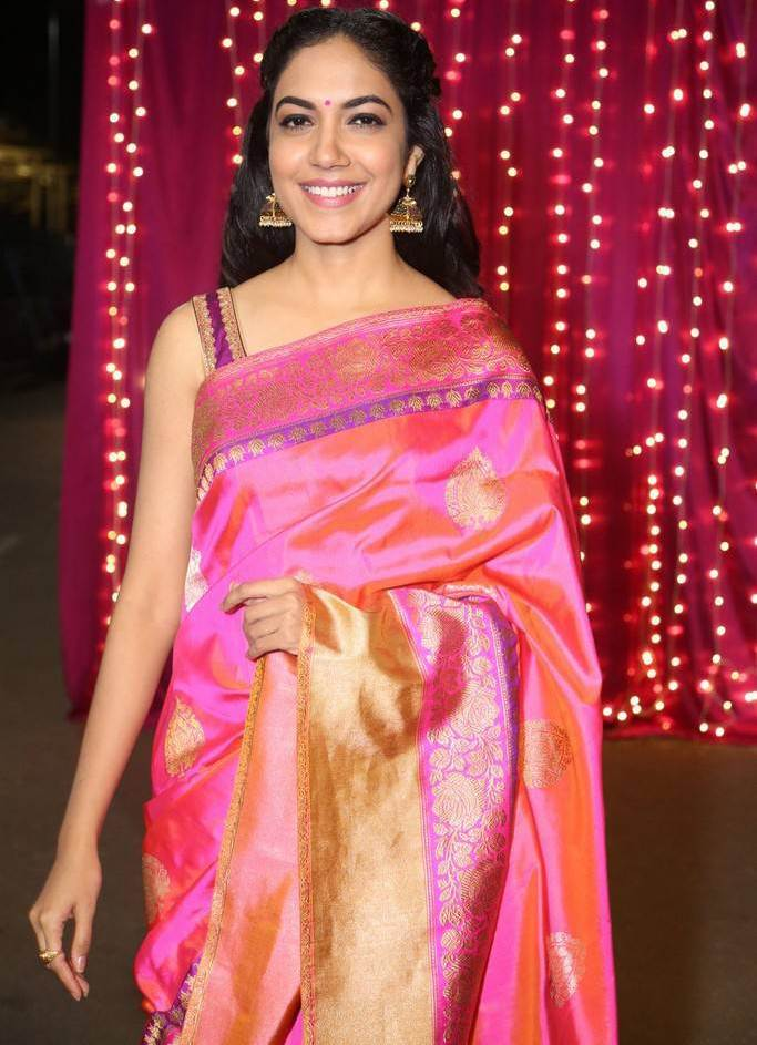 Ritu Varma At Zee Telugu Apsara Awards In Orange Saree