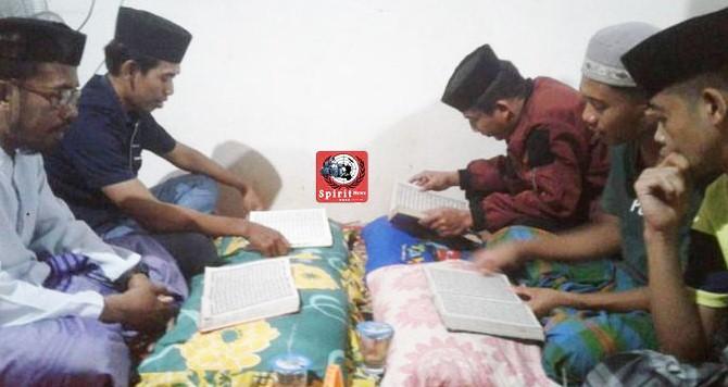 Kanit Reskrim Polsek Marbo, Mengaji Tradisi Mangkasara di Rumah Almarhum Paruru Daeng Taja