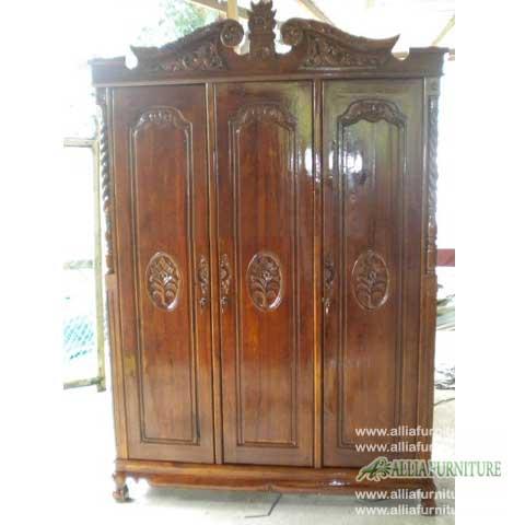 lemari pakaian kayu jati ukiran 3 pintu kanopi