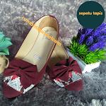 Sepatu tapis