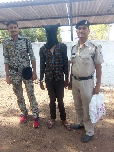 लूट एवं डकैती में फरार आरोपी को दबोचा | Pohari News
