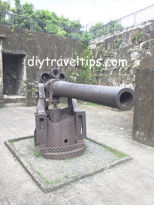 Photo showing a replica cannon in Intramuros