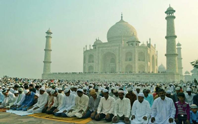 Tips Aman Merayakan Idul Fitri