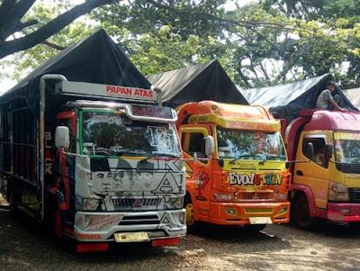 Angkutan Truk Colt Diesel Balikpapan