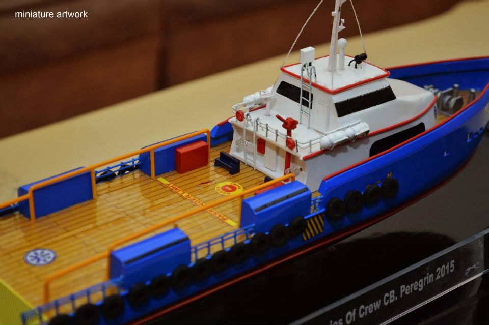 desain sketsa miniatur kapal crew boat cb peregrin milik pt baruna raya logistics terbaik