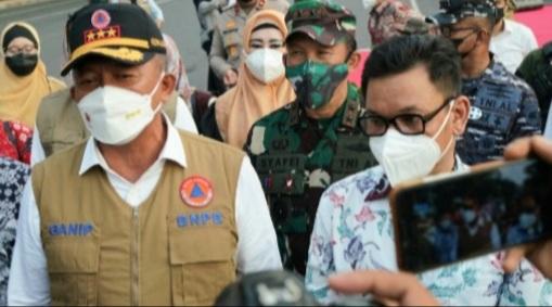 Pangdam Hasanuddin Dampingi Kepala BNPB RI Lepas Gerakan Mobil Masker