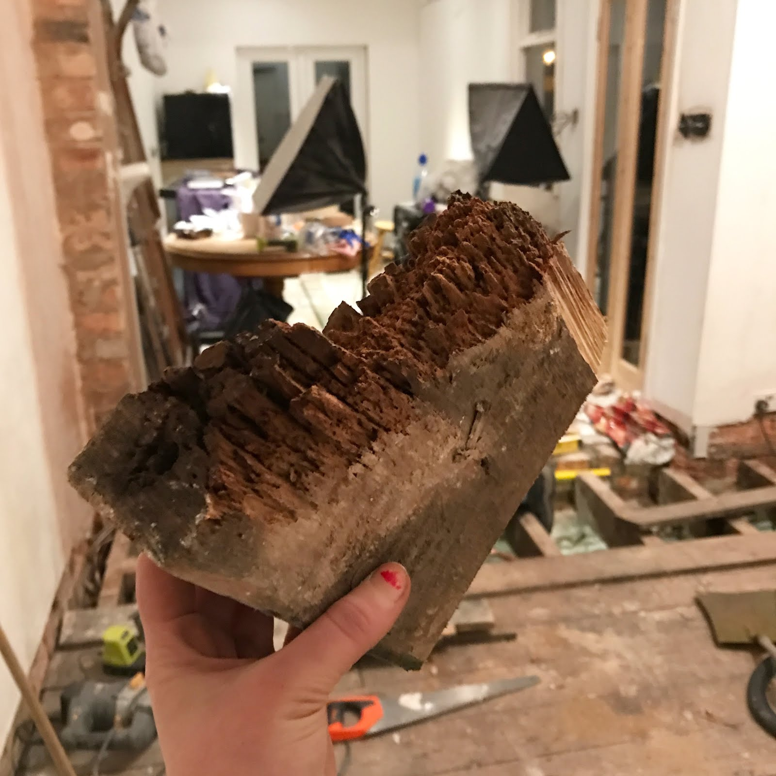 how to repair rotten joist ends