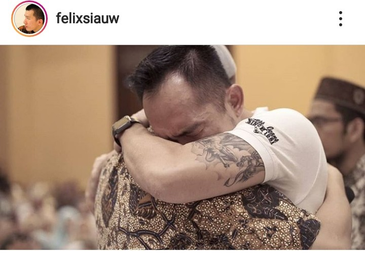 Kakak Kandung Masuk Islam, Tulisan Ustadz Felix Bikin Nangis