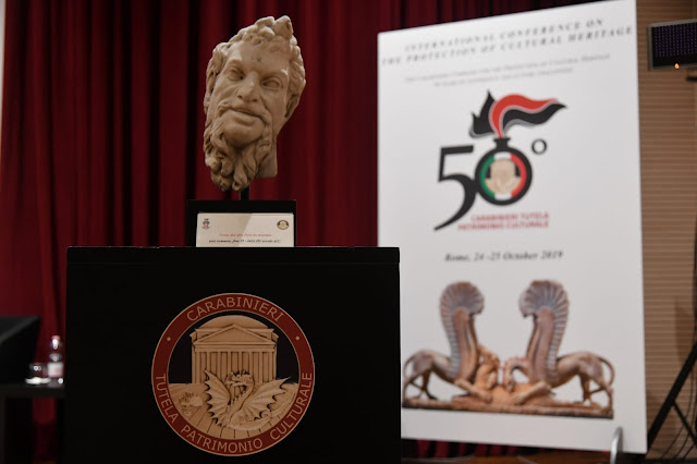 US ambassador returns to Italy a statue stolen in 1968