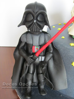 star wars darth vader sugar paste cake