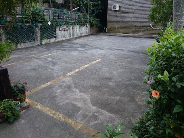 カフェゆーゆーらーさんの駐車場の写真