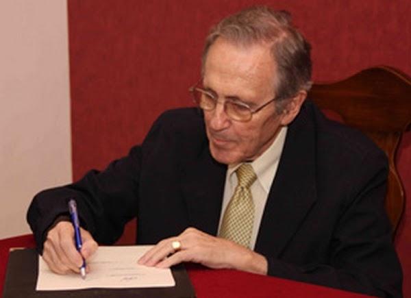 Fallece el maestro bordador José Manuel Elena