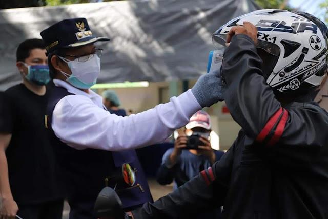 Persiapan Menuju Pelaksanaan New Normal , Walikota Pantau Pos Kontrol Kesehatan di Kota Manado