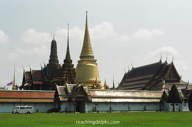 ReachingDelphi, grand palace, thailand