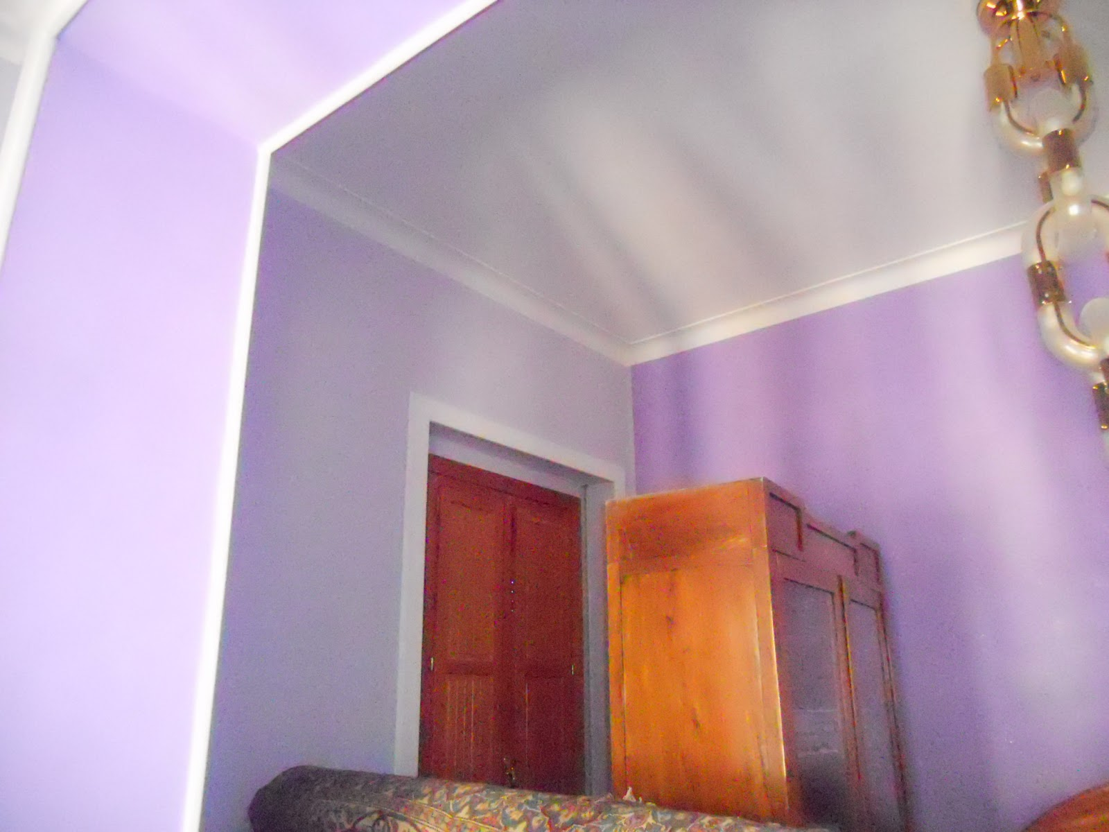 Pareti Glitterate Lilla : Pareti glitterate lilla: pareti con brillantini pittura grigio perla