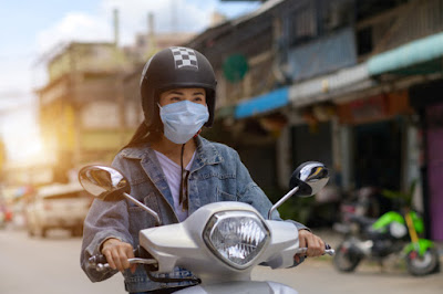 Kaum Rebahan ID Ketika Masker & Helm Memiliki Kedudukan yang Sama