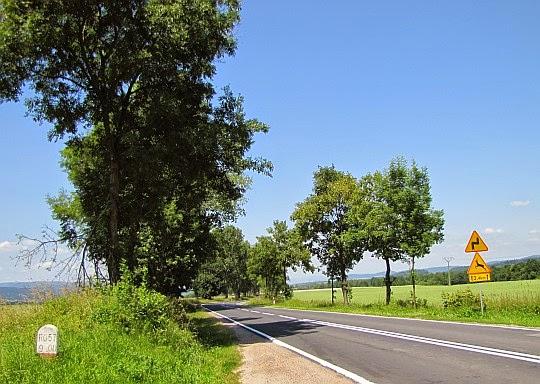 Droga krajową nr 33.