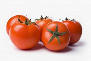 7 Manfaat Dahsyat Tomat Bagi Kesehatan Tubuh Anda