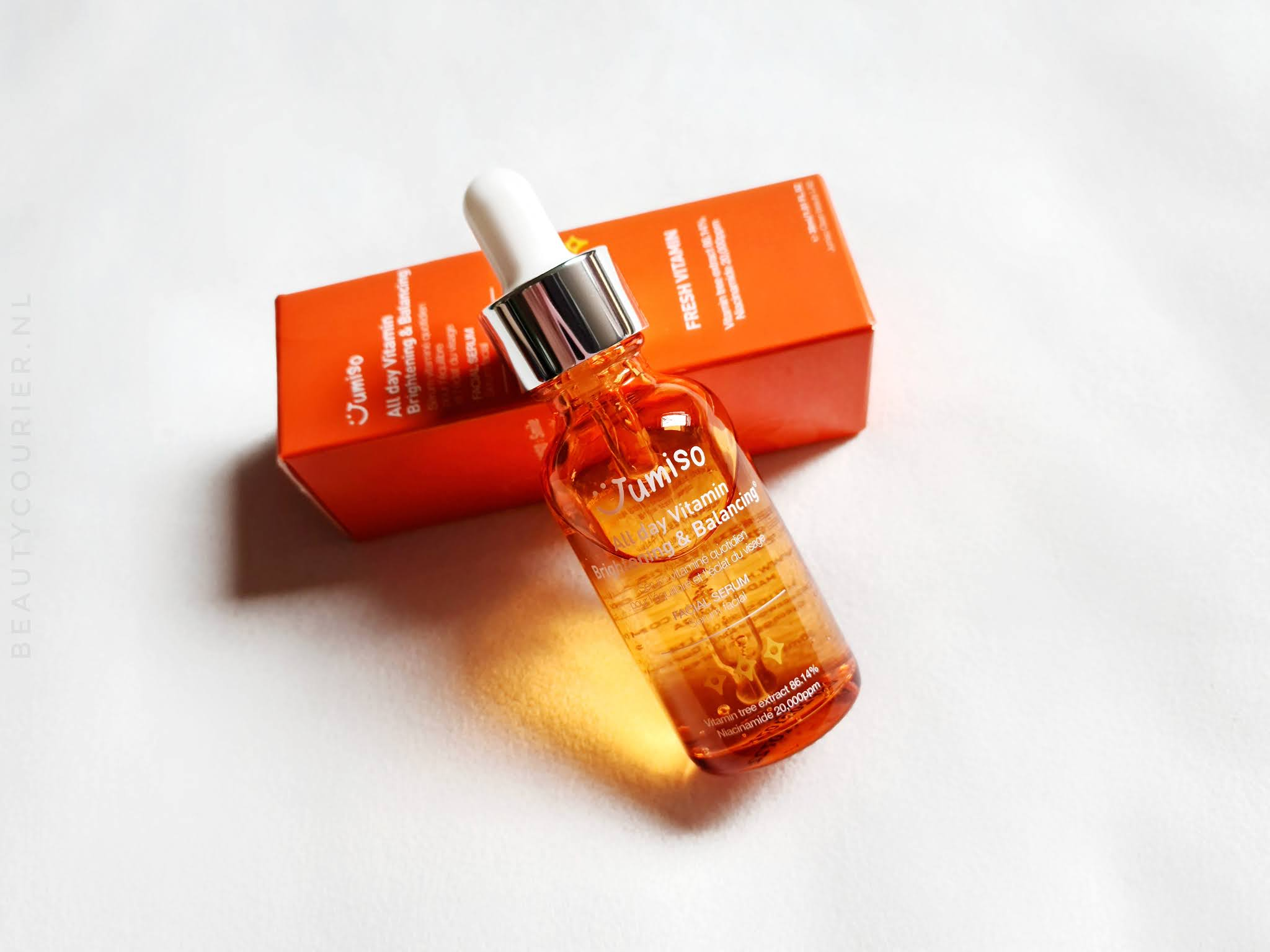 Review | Jumiso - All day brightening and balancing serum | beautycourier.nl