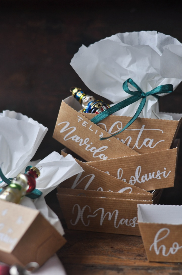 easy-peasy DIY Christmas Boxes, perfect for little gifts