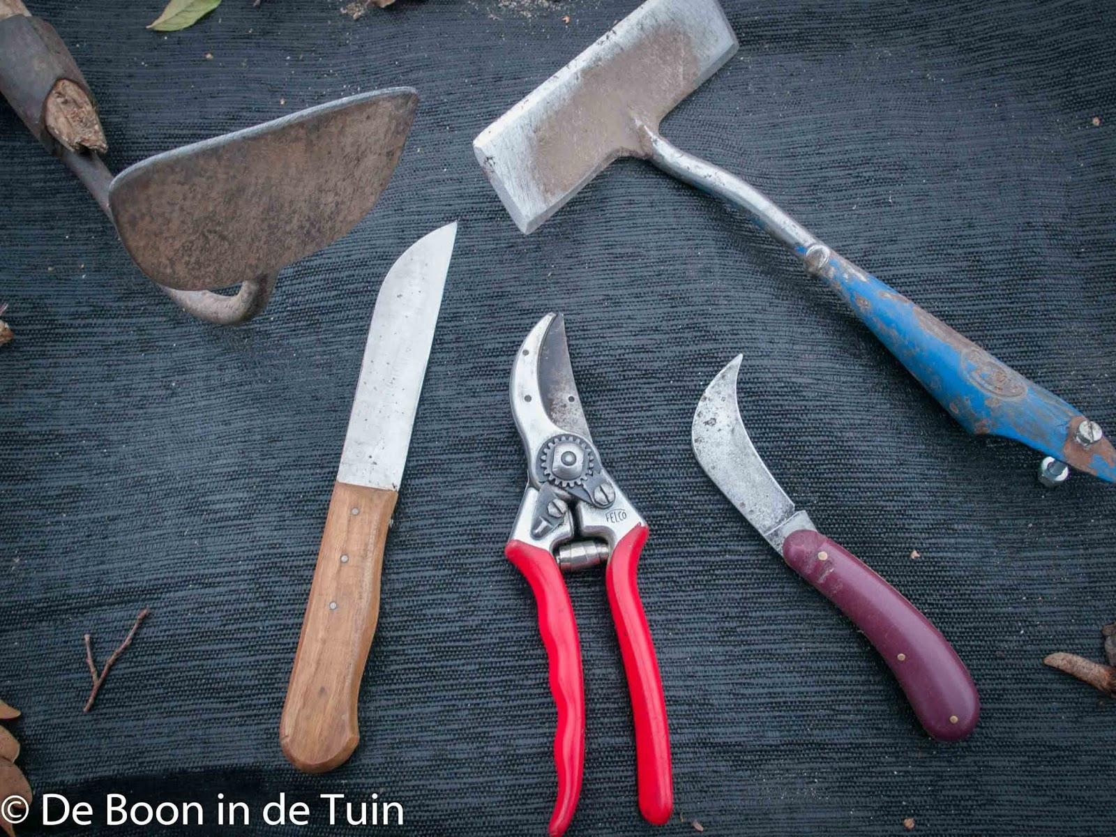 snoeischaar slijpen tuinmes onderhoud gereedschap