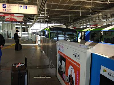 Tokyo Monorail di Bandara Haneda