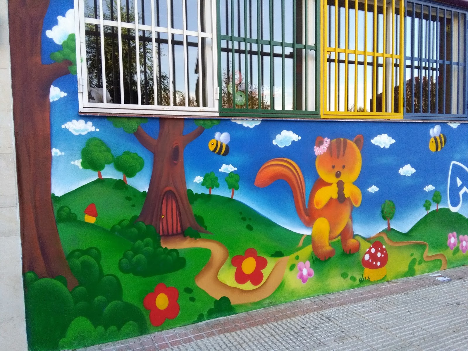 Graffiti bear tck graffiti profesional graffiti mural - Mural pared infantil ...