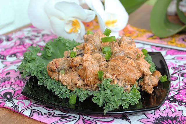 рецепт свинины с грибами в томатно-сметанном соусе