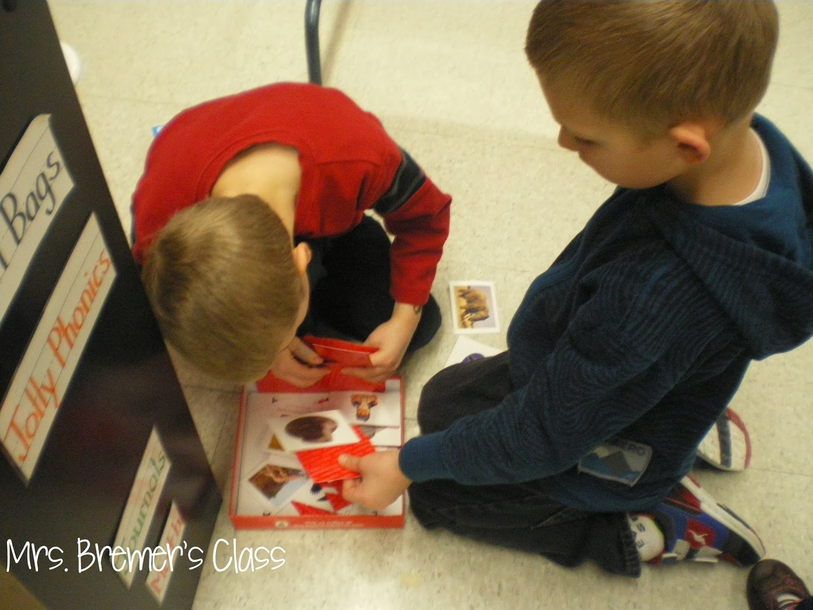 Lots of Kindergarten literacy centers for word work and sight word practice