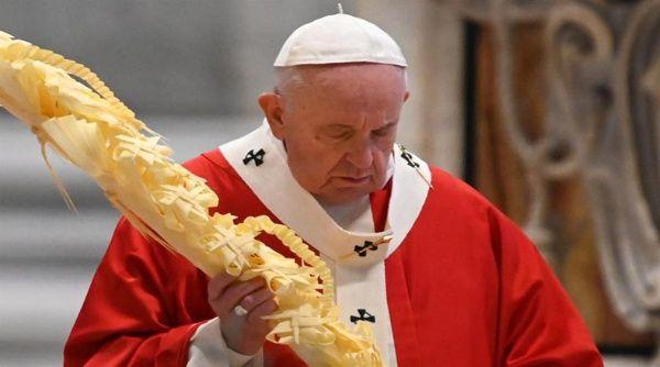 Papa Francisco crea fondo de emergencia para atender Covid-19