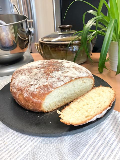 Sliced Rustic No Knead White Bread