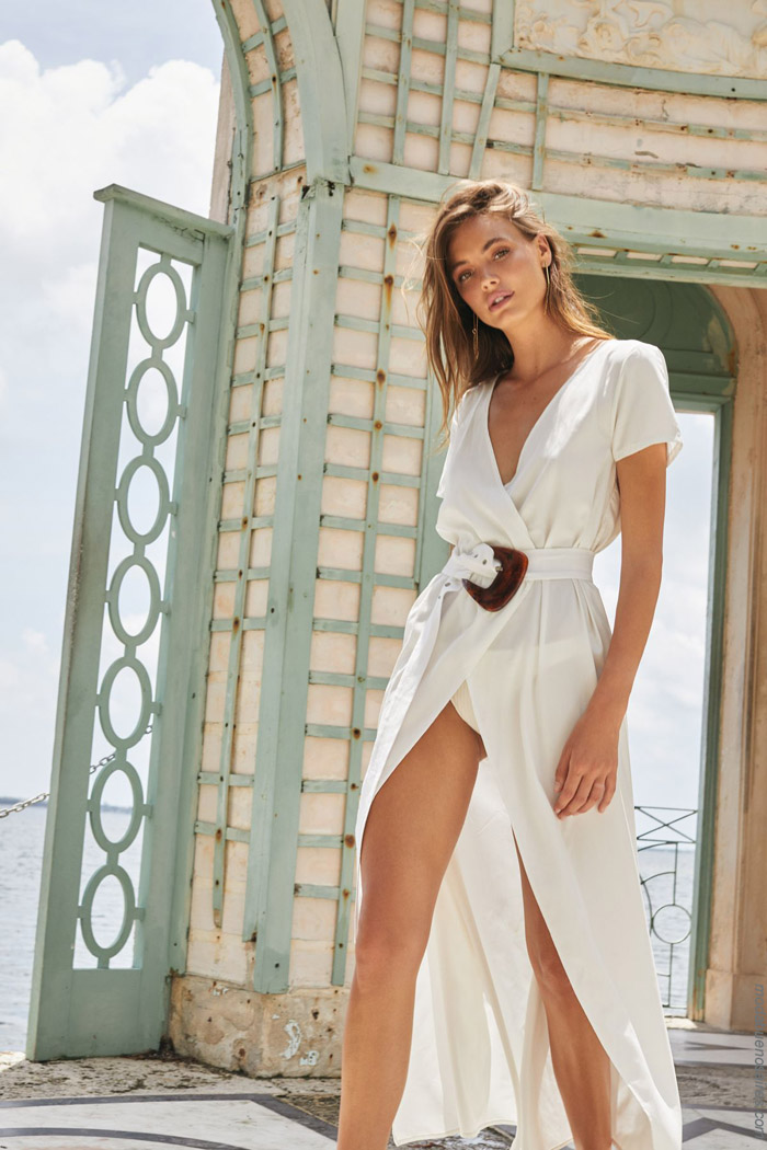Vestidos blancos largos verano 2020. Moda verano 2020.