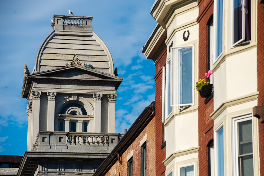 Portland, Maine USA Fore Street and Custom House with pink flamingo outside of window. July 2016 photo by Corey Templeton.