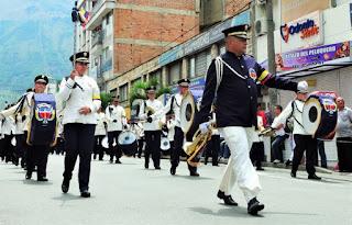 Banda marcial de la Salle en bello 20 de julio