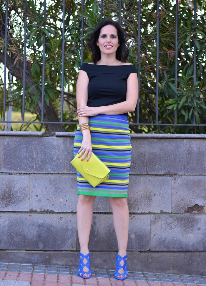 zara-sandals-and-pencil-skirt-outfit-street-style