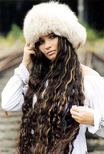 longest hair girls in the world ~ SmileCampus